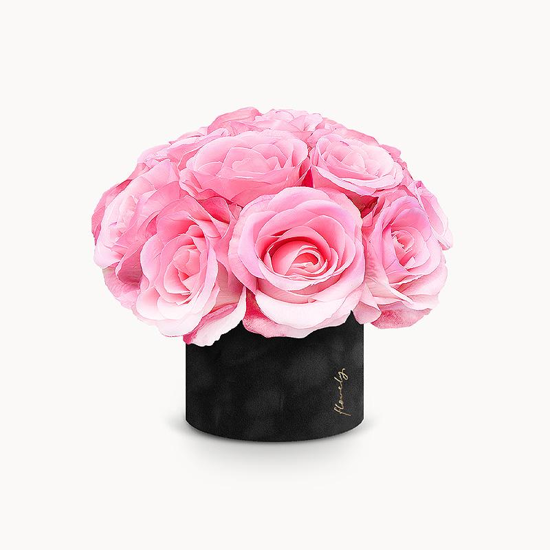 flower box różowymi różami