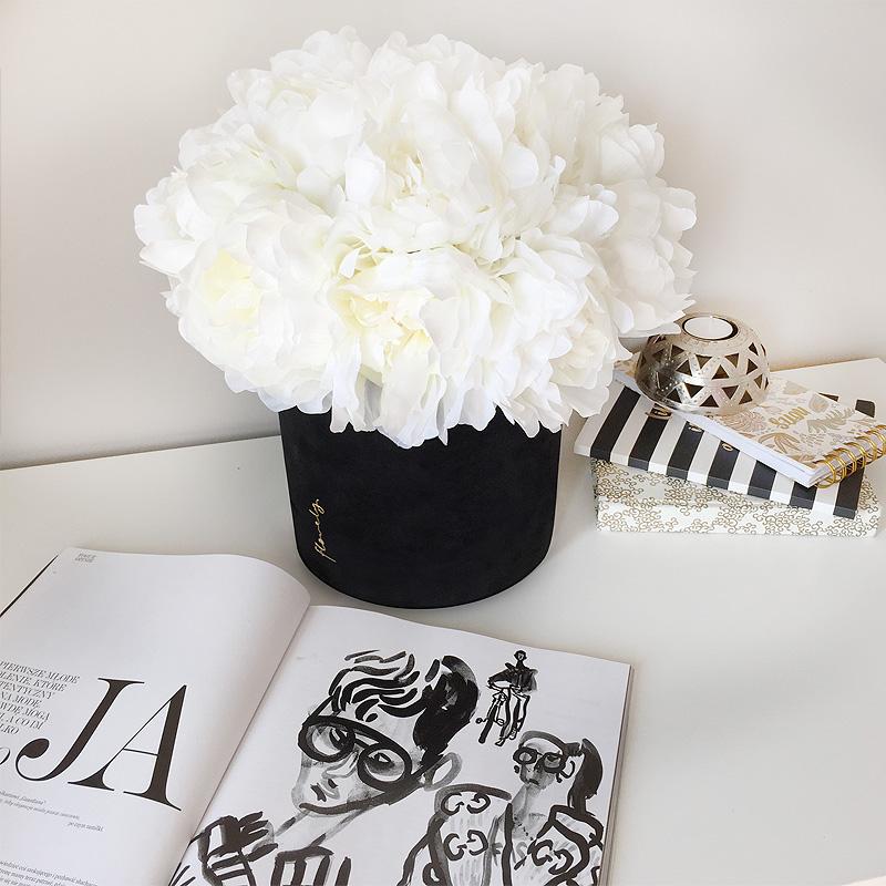 flower box maxi z piwoniami