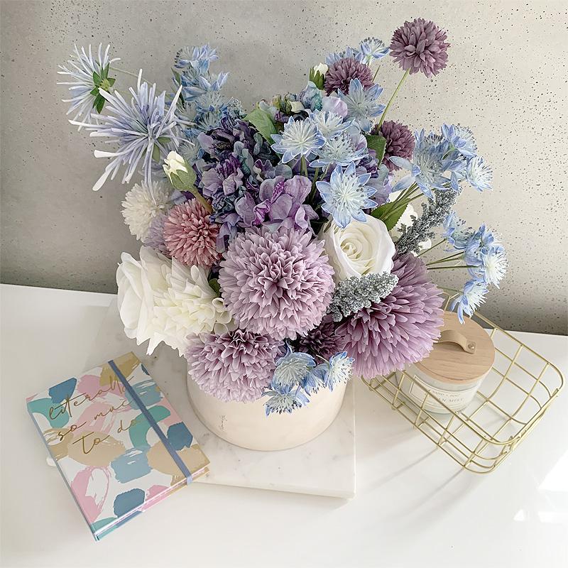 flowerbox autumn blue