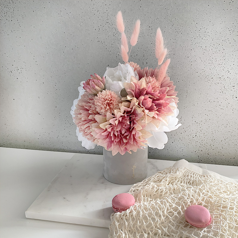 flowerbox autumn pink