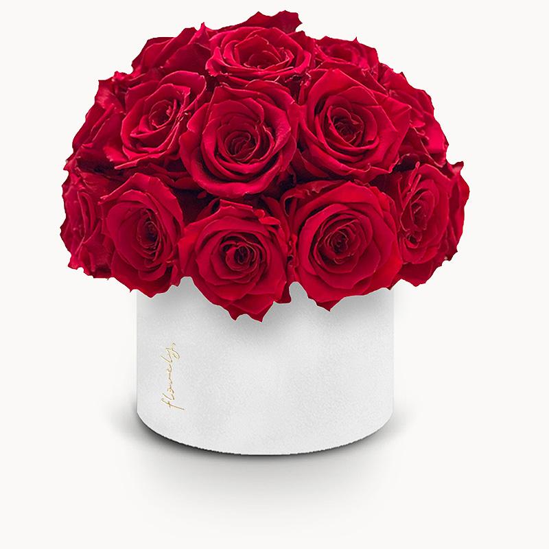 flower box z czerwonymi różami na walentynki