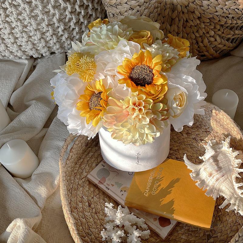 flower box ze słonecznikami